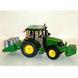 Siku John Deere with backload - milk containers
